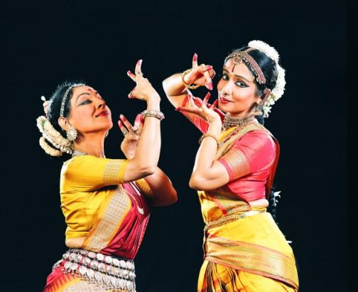 dança indiana - mudgal 06